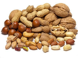Nuts and peanuts make you a little slimmer